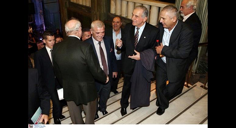 Ο πρώην Υφυπουργός κ. Αναστάσιος Νεράτζης, ο κ. Δημήτρης Μελισσανίδης και ο κ. Λάκης Ιωαννίδης σε ένα στιγμιότυπο από το περιθώριο της εκδήλωσης.